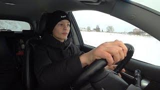 Первый раз за рулем. Вожу машину в 11 лет. Глебус рулит. ВЛОГ
