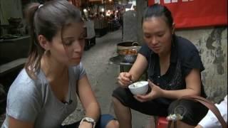 Gastronomia Exótica é Vendida A Céu Aberto Em Hanói, No Vietnã