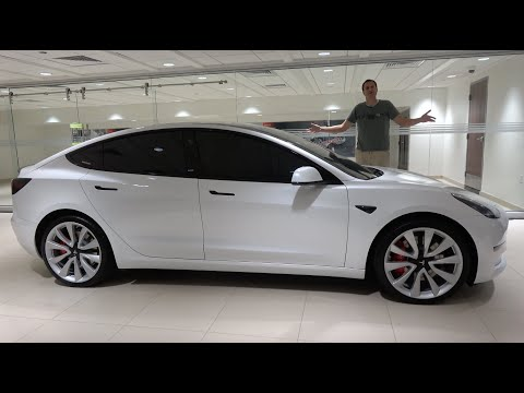 External Review Video YvsnIL0AIAk for Tesla Model 3 Electric Sedan