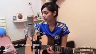 Cewek Yang Jago Main Gitar Cantiknya Tambah