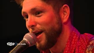 Chris Lane - Pop Medley (98.7 THE BULL)