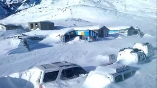 KULLU MANALI  HEAVY SNOW STORM NEAR ROHTANG PASS AT MARRHI  RESCUE AT MANALI 2014