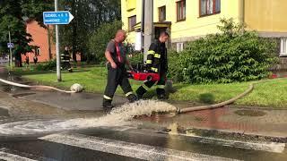 Zásahy hasičů v Jeseníku nad Odrou a ve Studénce.