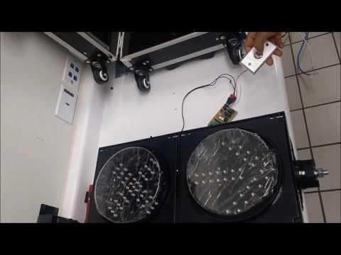 Funcionamiento de tarjeta controlador a de semáforos tipo aduana.