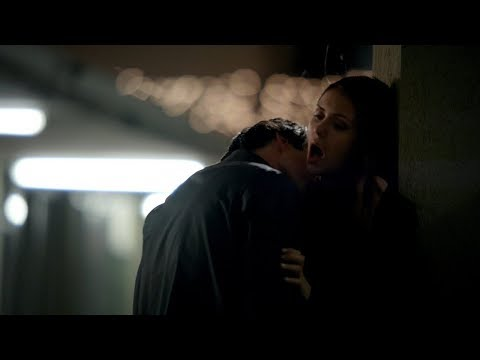 The Vampire Diaries: 3x19 - Elena and Damon motel kiss/make out hot scene [HD]
