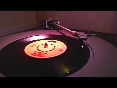 Earth & Fire - Wild And Exciting (45RPM)