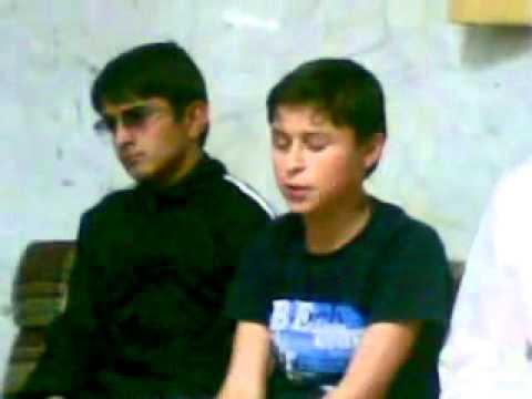 أطفال من طاجاكستان يحفظون القرآن كاملا