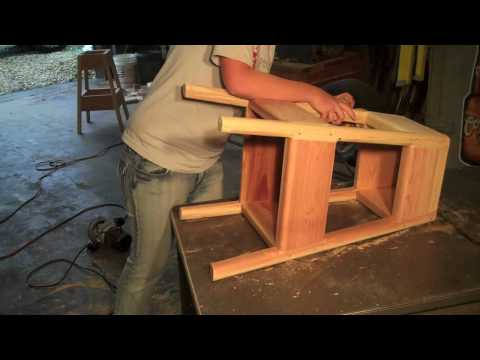 Como hacer un taburete de madera para desayunador o for Taburetes para desayunador