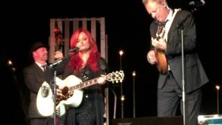 Grandpa (Tell Me 'bout the Good Old Days) by Wynonna Judd LIVE!