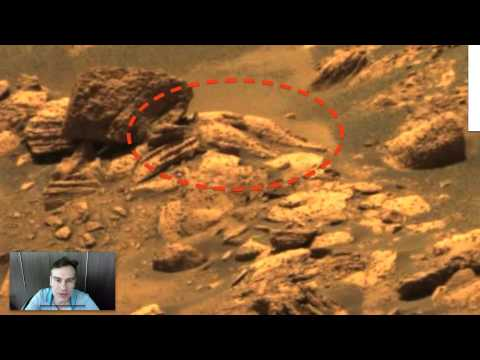 Alien Ship And Pilot Discovered On Fram Crater, Mars In NASA Photo, Oct 26, 2014 UFO Sighting News.