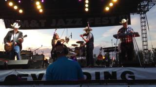Asleep at the Wheel @ the Syracuse Jazz Fest - South of The Border (Down Mexico Way)