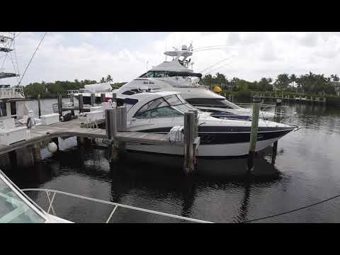 Cruisers Yachts 380 Express video
