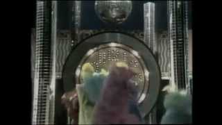 Classic Sesame Street - Honk Around The Clock