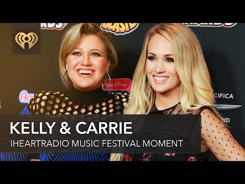 Kelly Clarkson Tears Up While Praising Pregnant Carrie Underwood | Fast Facts