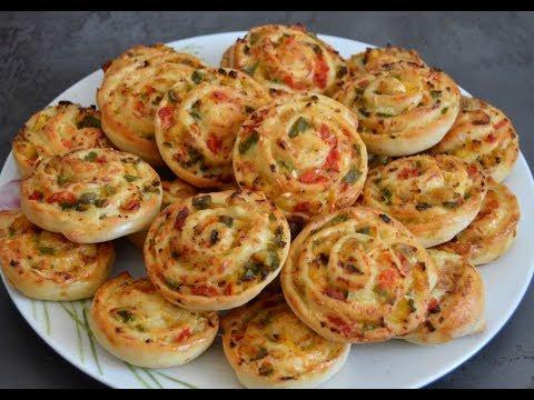 Mini pizzas roulées /  ميني بيتزا ملفوفة