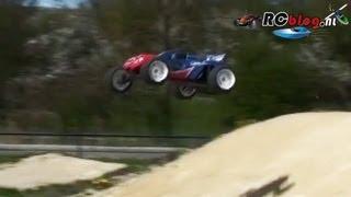 LRP S10 Blast TX 2: race, bash, jump (NL)