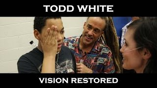 Todd White - God Restores Eyes At A Basketball Game ( Anyone Can Represent Well )