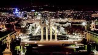 preview picture of video 'Barcelona Travel Guide - Barcelona by Night - Nighttime in Barcelona'