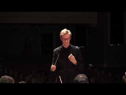 Samuel Hollister conducts Beatrice and Benedict Overture