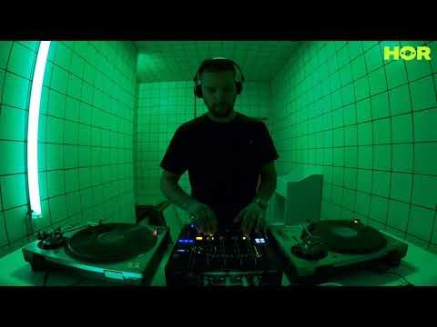 No Signal – Francesco De Luca / December 27 / 7pm-8pm