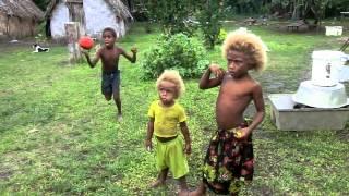 preview picture of video '2013-07-01 Pár záběrů se sourozenci od Pascala | Kids from Ituga village'