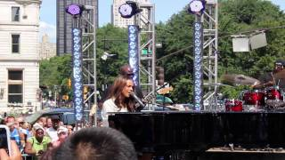 [HD] Alicia Keys - Distance and Time on CBS The Early Show 06/25/2010