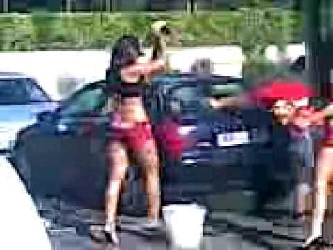 Il sesso veloce per soldi per strada