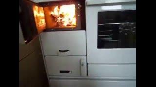 Отопительно-варочная печь с водяной рубашкой KVS Moravia 9100-V Бежевая від компанії House heat - відео 1