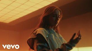 Musik-Video-Miniaturansicht zu rubberband Songtext von Tate McRae