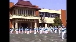 preview picture of video 'Drumband Nusantara (Al-Amien Prenduan Sumenep Madura)'