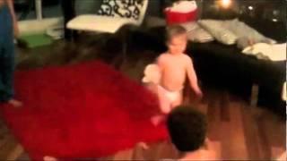 Baby breakdancing to Kuba Oms  ~ Electrolove