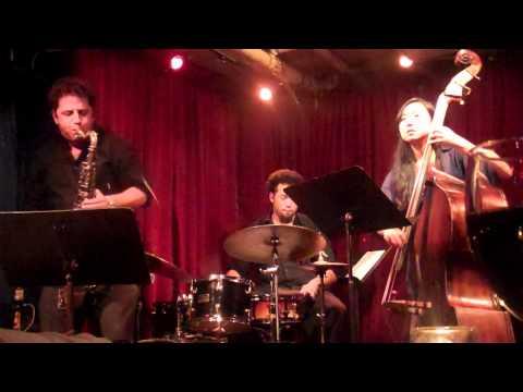 Geoff Vidal Trio w/ Linda Oh & Makaya McCraven