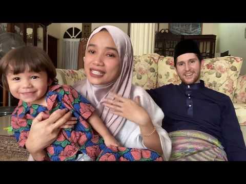 Video Raya from Mat Dan and family!
