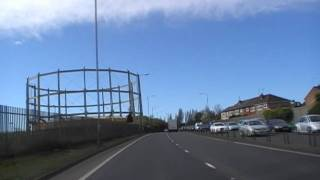 preview picture of video 'Driving Along Kingsway Tunnel Approach & Mid Wirral Motorway, Wallasey 2nd April 2011'
