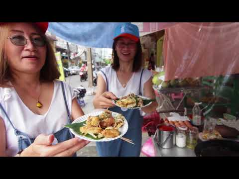 Food Tasting & Market Tour for a Hands-On Experience