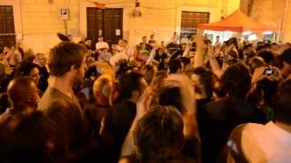 preview picture of video 'Murgas Patas Arriba - Fermenti 2011@Cantine Spazi Aperti@Genazzano'