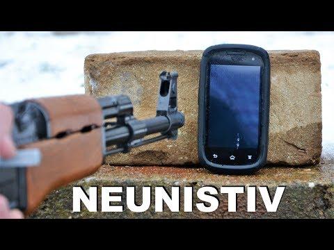 PUSKA AK 47 ROKA NEUNISTIVI TELEFON EXPERIMENT