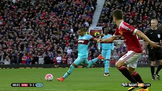 Download Video Payet's free kick Jewel against Manu (United and not Valls !)... MP3 3GP MP4