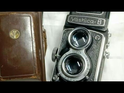 Exclusive vintage Yashica B TLR Camera