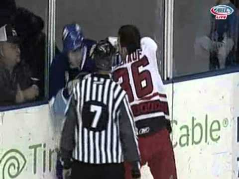 Brad Herauf vs. Brodie Dupont