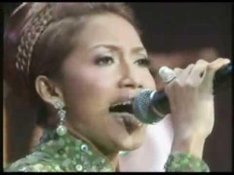 Ziana Zain - Sembilu Kasih (Live RTM).wmv