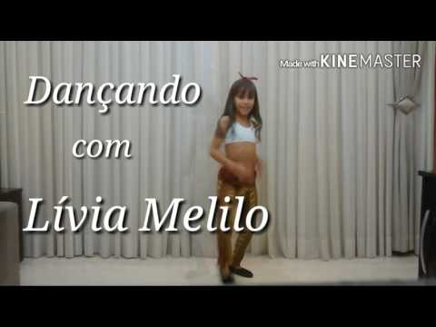 Lívia Melilo dançando: Química - Mc biel