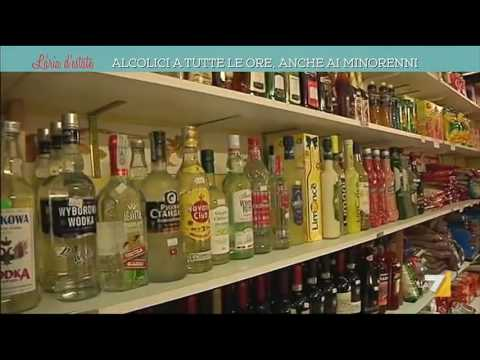 Video sociali su un alcolismo soggetto