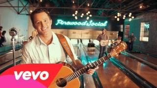 Easton Corbin – About To Get Real