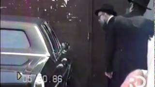 The Rebbe en-route to the Ohel | Iyar 5746