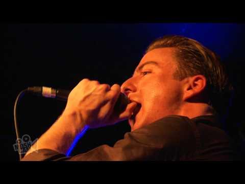 Eugene McGuinness - Lion (Live in London)   Moshcam