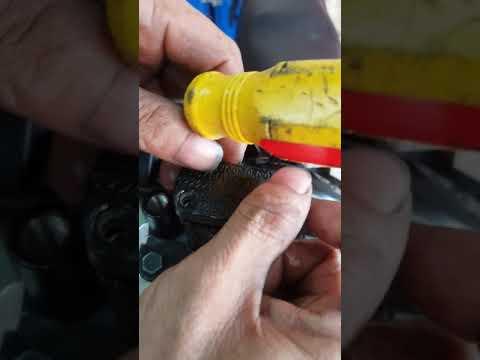 Hướng dẫn cách lấy dầu thắng đĩa 1 giây đã có dầu