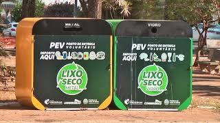 A produção de lixo aumenta e a reciclagem é opção.