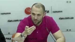 Якубин: безвизовый режим Украины с ЕС превращается в полувизовый