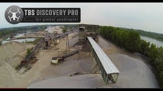 preview picture of video 'DJI Quadcopter over gravel plant 2014 / Kiesgrube Iffezheim'